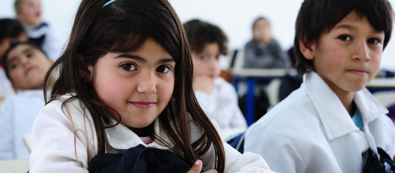 Casen 2015: Chilenos estudian 11 años en promedio
