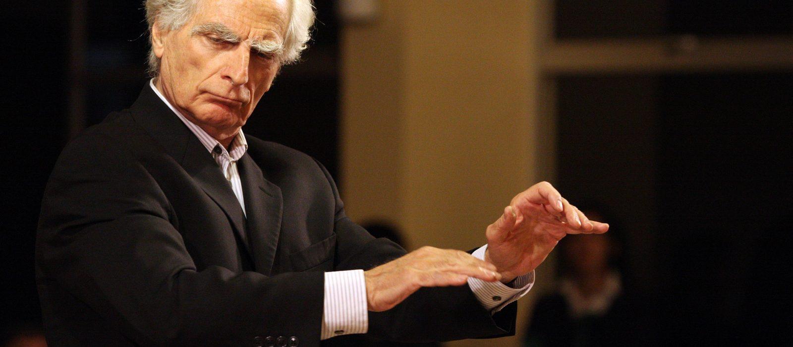 Juan Pablo Izquierdo, director de orquesta :» Yo siempre he sido músico, nunca he sido otra cosa»