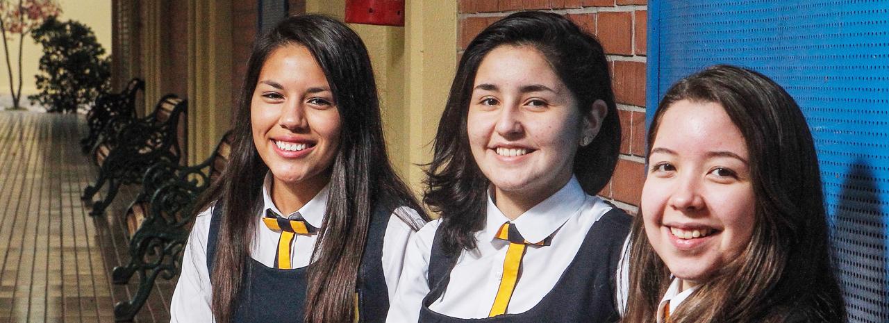 Colegio el Almendral de la Pintana: Formando el carácter y efectividad de sus alumnas
