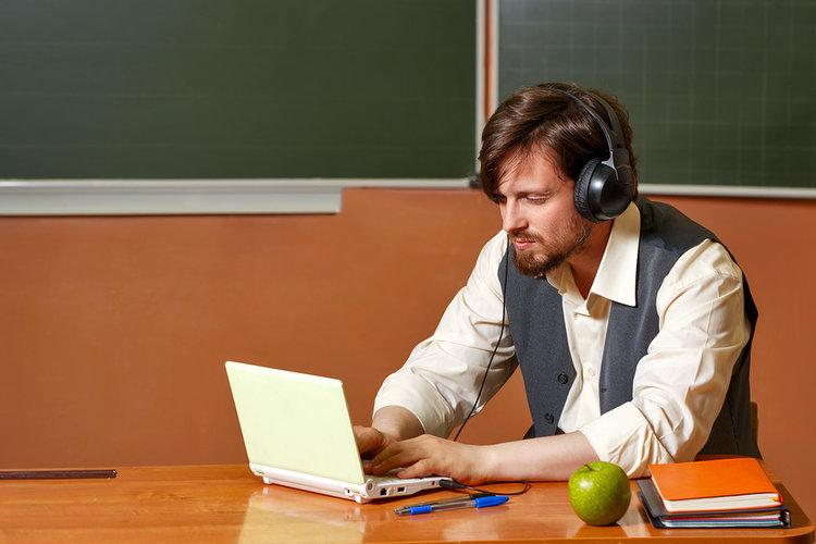 5 recursos gratuitos para enriquecer tu carrera docente