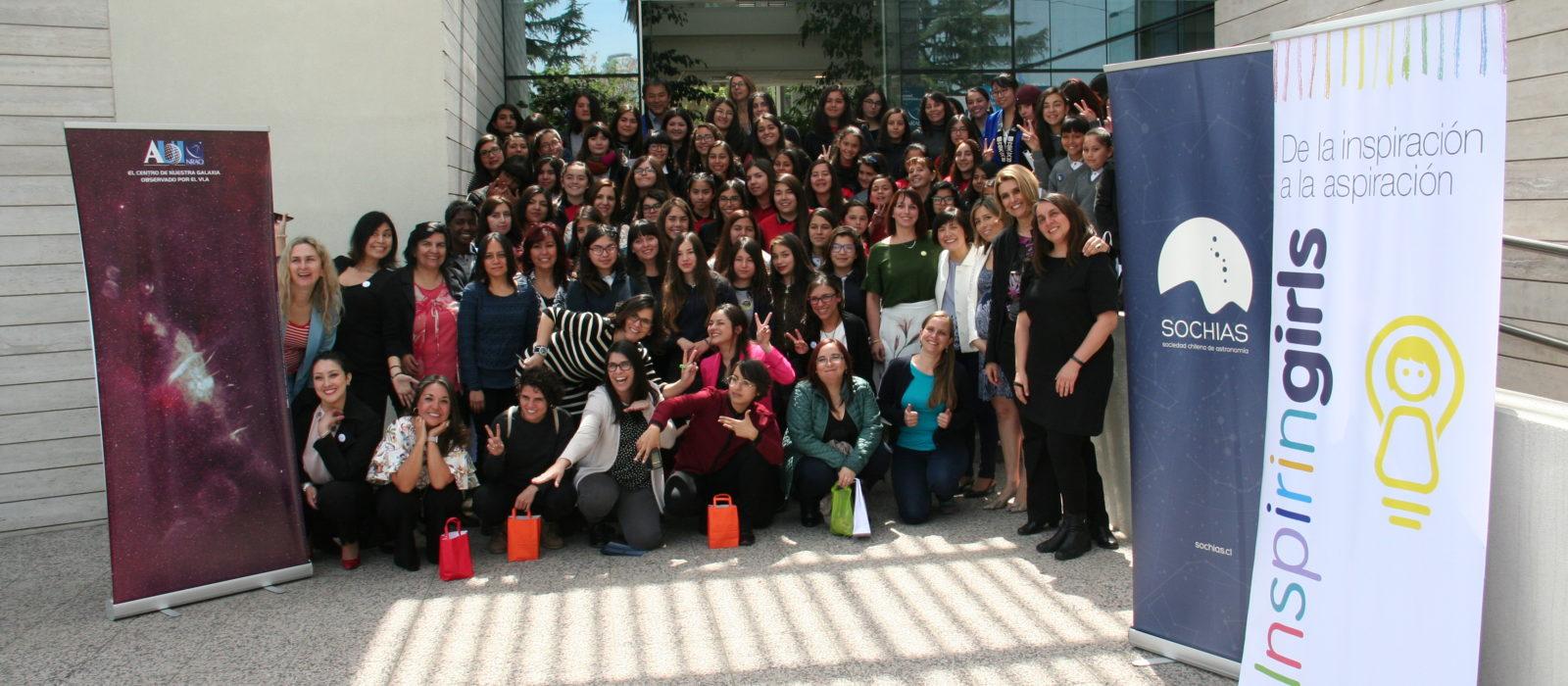 Alumnas tienen encuentro con mujeres líderes en Astronomía