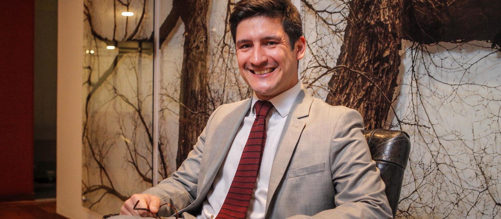 El abogado Daniel Loyola, nos orienta sobre lo que debemos saber de acoso digital