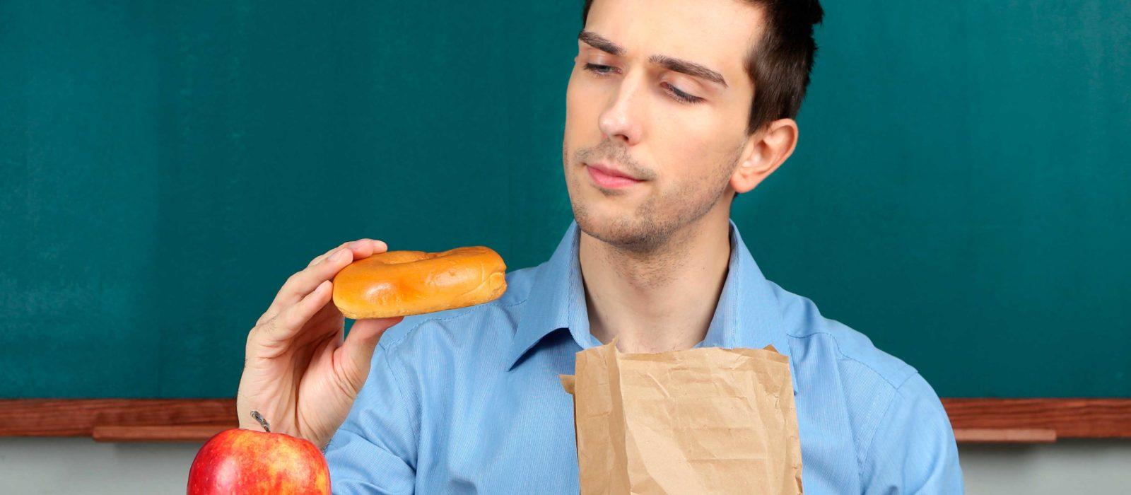 ¿Cómo debería alimentarse un profesor?
