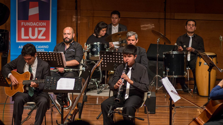 Orquesta Sonidos de Luz, integrada por niños y jóvenes con discapacidad visual, lanza su primer disco