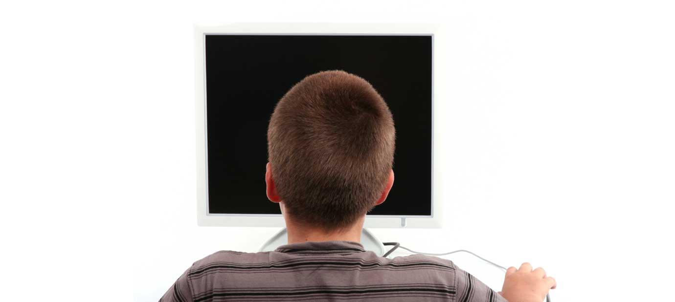 ¿Cómo afectan las pantallas a los niños TEA?