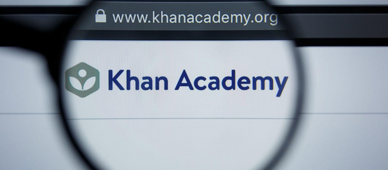 Más de cien profesores de matemática se capacitan en Khan Academy
