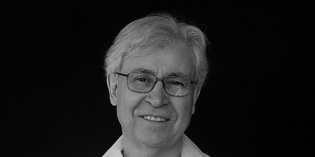 """Iván Jaksic, Premio Nacional de Historia """"Cuando se despierta la curiosidad, gracias a buenos guías, todos encontramos nuestro camino y muchos conducen a la historia y a las humanidades"""""""