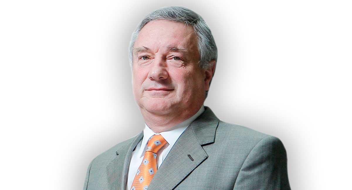 Consejero de Grupo Educar, gerente de SNA Educa y Presidente de WorldSkills Chile, Arsenio Fernández, fue nombrado miembro del Consejo Asesor para abrir escuelas 2020 – 2021