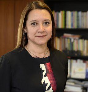 Lorena Medina, decana de Educación de la PUC