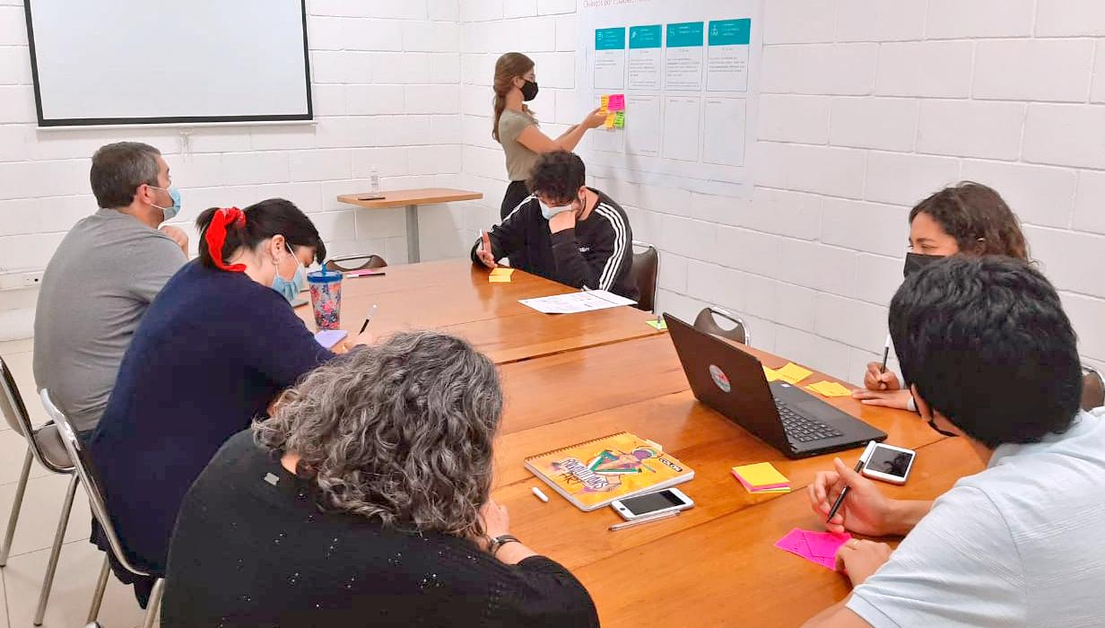 """""""Tenemos que Hablar de Educación"""": Una hoja de ruta para la educación que Chile necesita"""