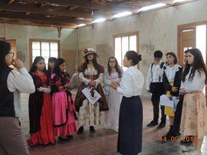 Salidas a terreno a Salitrera Santa Elena, vestidos de época