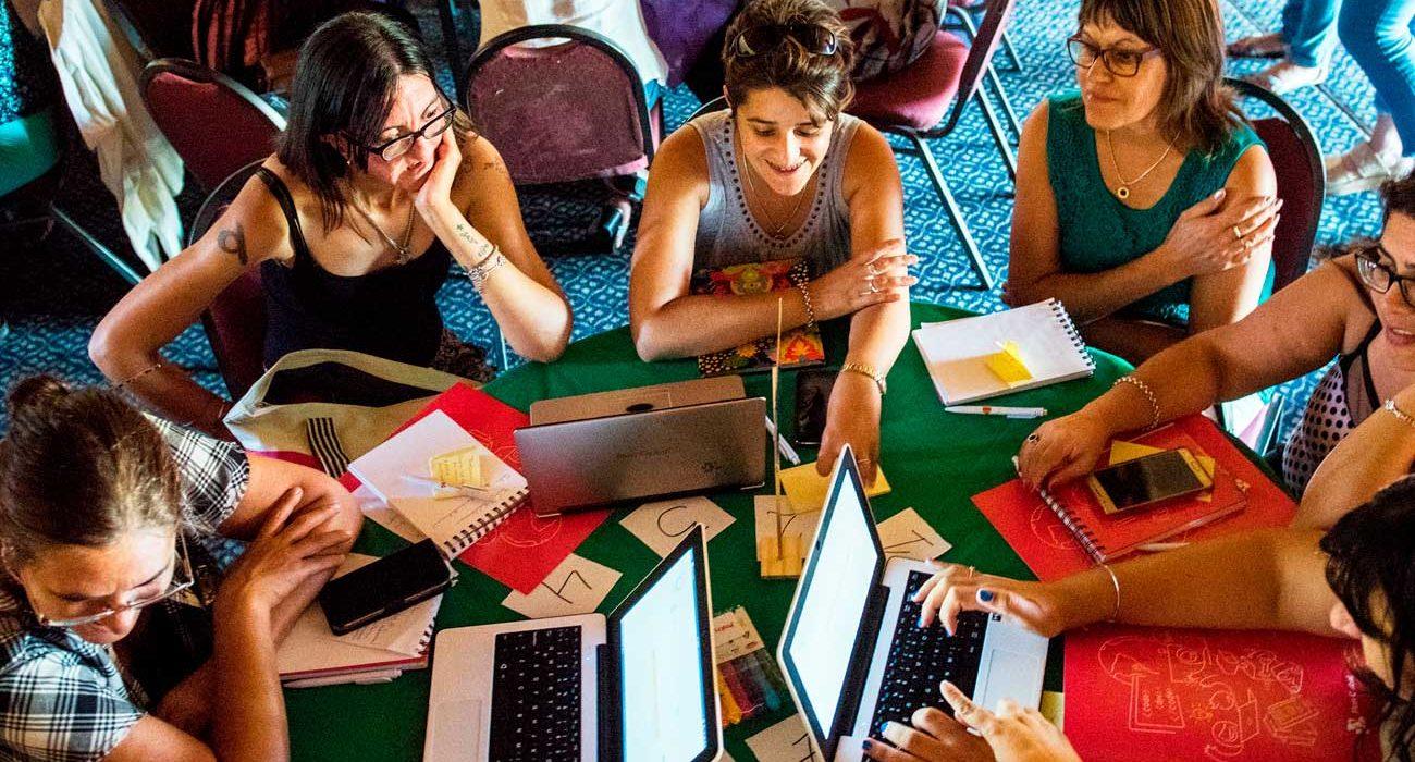 Maestros Comunitarios, de Uruguay Cuando la educación entra a los hogares