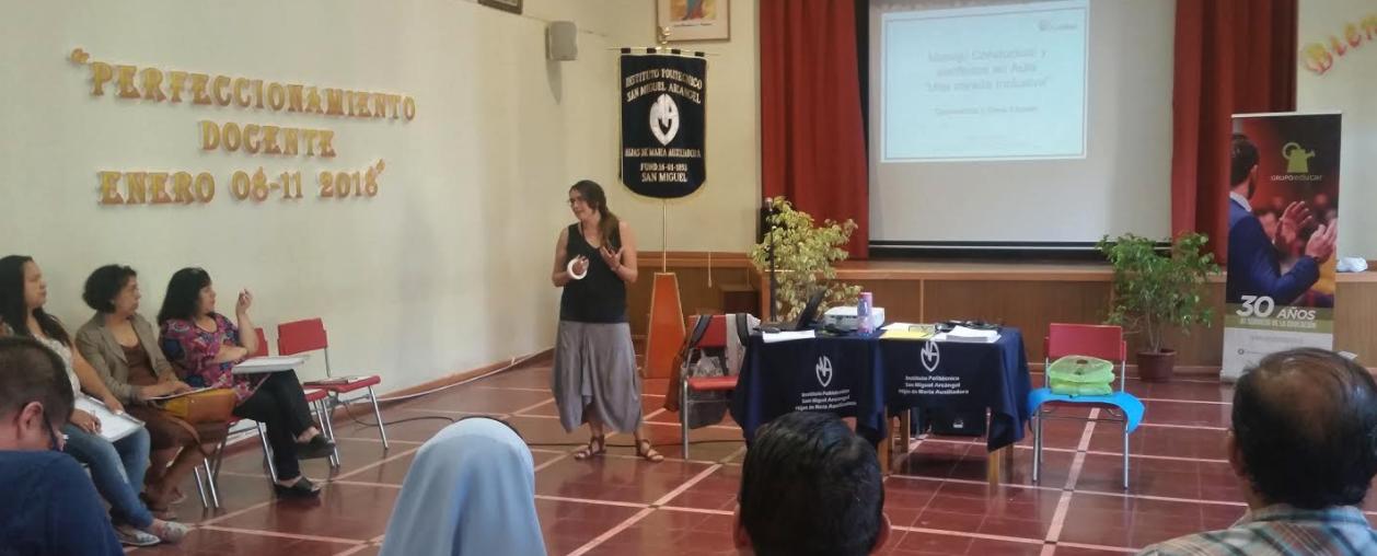 Grupo Educar capacita a profesores en manejo y resolución de conflictos